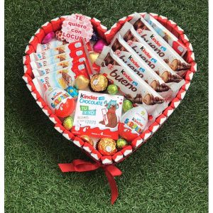 Corazón surtido de chocolates